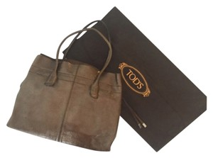 Tod's Pebbled Patent Tote in Brown