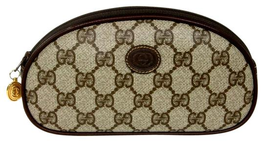 Preload https://item2.tradesy.com/images/gucci-horsebit-signature-monogram-luxury-classic-cosmetic-travel-pouch-brown-leather-baguette-1244711-0-2.jpg?width=440&height=440