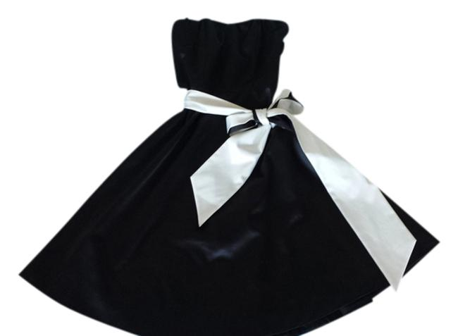 The Limited A-line Belted Sweetheart Strapless Dress