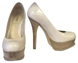 Fendi 6.5 36.5 Platforn Pumps