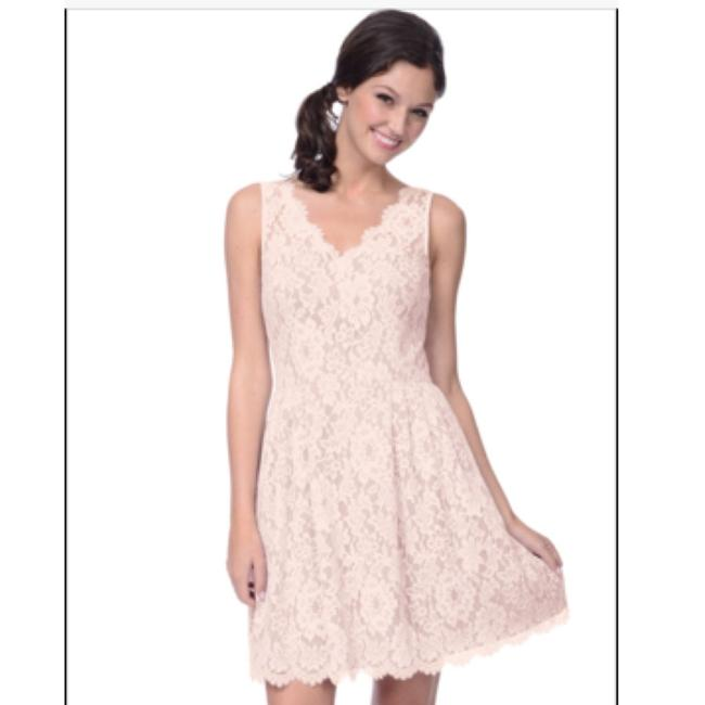 Item - Ivory Lace Casual Bridesmaid/Mob Dress Size 8 (M)