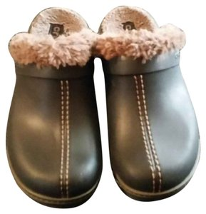 Crocs Clog Fuzzy brown Mules