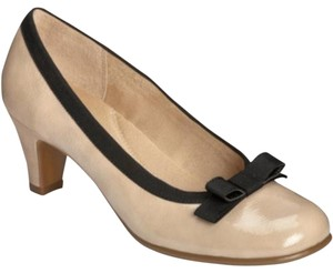 Aerosoles Comfortable Rounded-toe Pump Beige/ nude Pumps