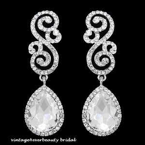 Gorgeous Austrian Crystals Tear Drop Infinity Bridal Earrings