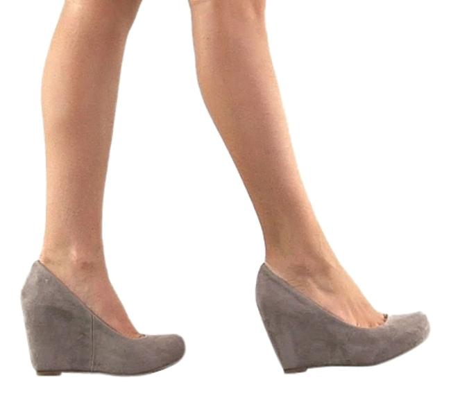 Item - Taupe Suede Wedges Size US 9.5 Regular (M, B)