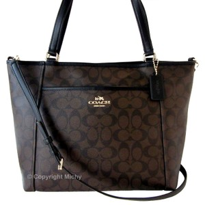 Coach Pocket Tote in Brown / Black