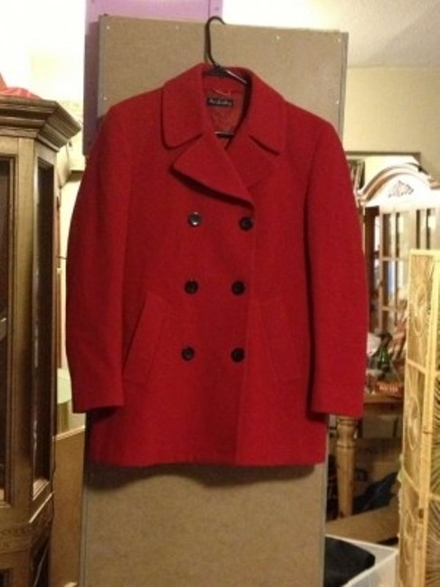 Preload https://img-static.tradesy.com/item/124692/red-pea-coat-size-6-s-0-0-650-650.jpg