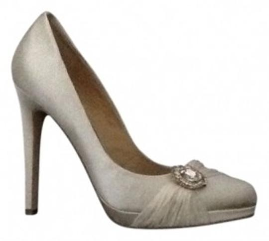 Preload https://item2.tradesy.com/images/badgley-mischka-ivory-satin-upper-leather-sole-pumps-size-us-85-regular-m-b-12471-0-0.jpg?width=440&height=440