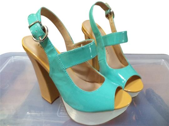 Chinese Laundry Gold/Green/White Platforms