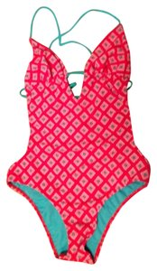 Hollister One Piece Bathing Suits Up To 90 Off At Tradesy