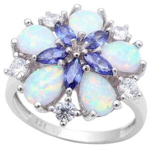 9.2.5 Gorgeous opal and Tanzanite flower cocktail ring. Size 9