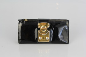 Miu Miu Patent leather continental wallet