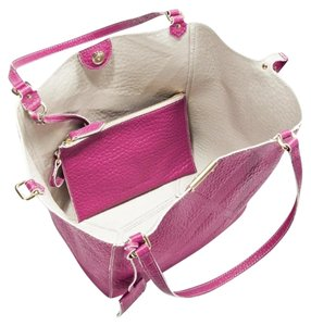 Burberry Canterbury Canterbury Tote in Light magenta pink