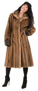 Saga Furs Plus Size Fur Fox Fur Fur Coat