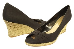 Moda Spana Wedge Straw Canvas Peep Toe Black Wedges