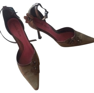 Isabella Fiore Bronze/gold Pumps
