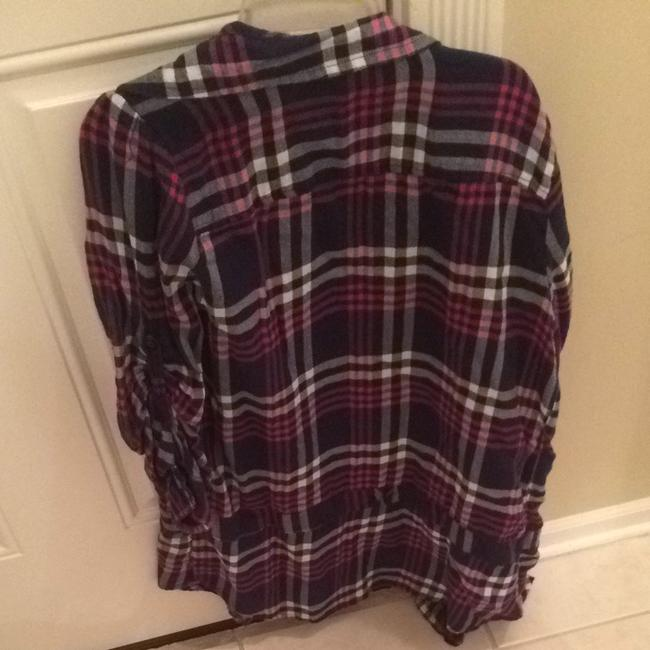 American Eagle Outfitters Button Down Shirt Pink/Navy Blue