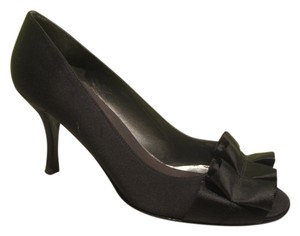 Stuart Weitzman Navy Evening Satin Dark Blue Pumps