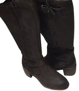 Vera Wang Dark Brown Boots