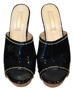 Prada Patent Leather Chunky Heel Sandal Excellent Condition Black Mules