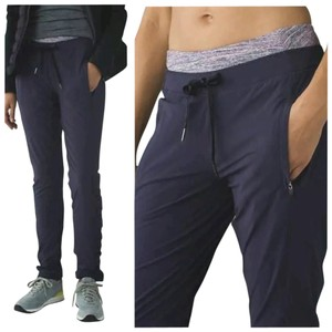 Lululemon New With Tags Lululemon Runderful Pants Black Grape Size 4