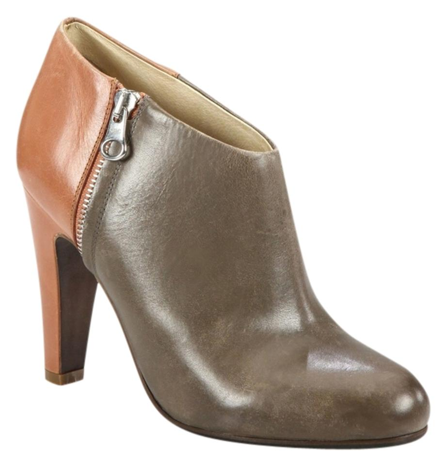 6daf02e725d7 See by Chloé Ankle Leather Block Heel Heel Zipper Two Tone Boots Image 0 ...