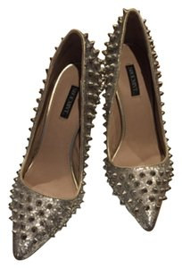 Shoemint Silver Pumps