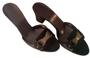 Salvatore Ferragamo Id Tag Leather Slide Brown / Gunmetal Sandals