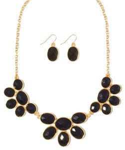 Charming Charlie black statement necklace