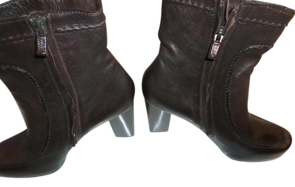 ed10a214250 CoSTUME NATIONAL Dark Brown Chunky Heel Rubber Sole Zip Ankle Boots Booties