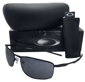 Oakley New OAKLEY Sunglasses CONDUCTOR 8 OO4107-01 60-15 Matte Black Frame w/ Grey Lenses