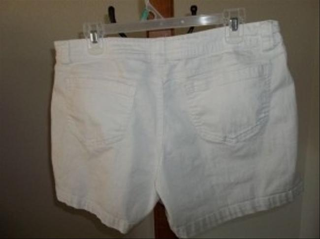 Faded Glory Shorts White
