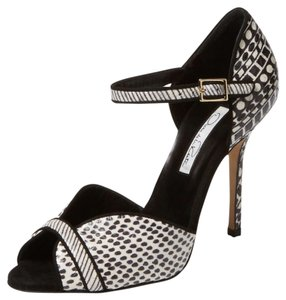 Oscar de la Renta Christina Black/white Pumps
