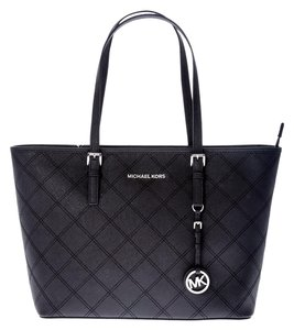 6c31b91e50719 Michael Kors Jet Set Travel Quilted Stitching Tote in Black