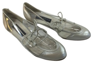 Stuart Weitzman Clear Pearl Leather Vinyl Oxford Vintage Pearl/Clear Flats