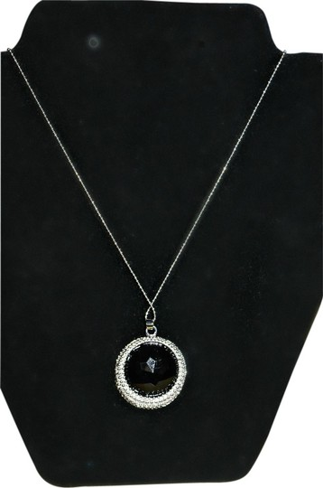 Preload https://item2.tradesy.com/images/black-and-silver-necklace-1250291-0-0.jpg?width=440&height=440