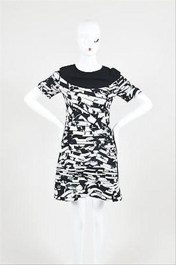 ea18fe9df lovely Kenzo Black White Geometric Wave Print Short Sleeve Dress ...