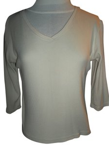 Northcrest V-neck Rib Knit T Shirt Cream