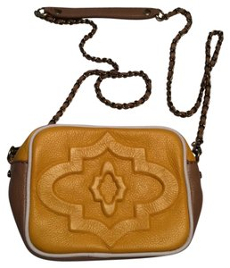 Yany Cross Body Bag