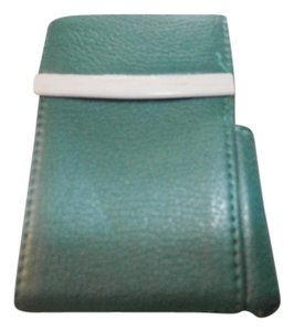 Other Genuine Leather Pop Up Style Cigarette Case. Metal Frame green