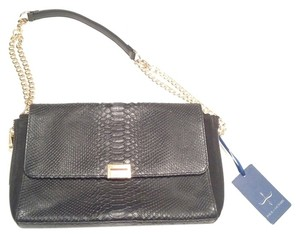 Pour La Victoire Leather Leather Shoulder Bag