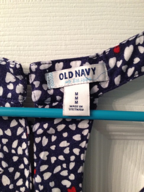 Old Navy Top Navy with Hearts