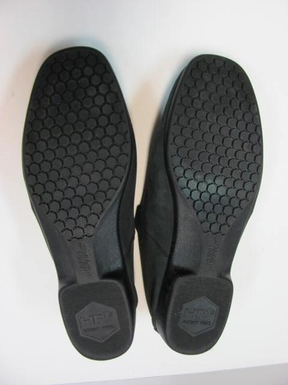 Hush Puppies Size 10.00 Extra Wide Width Good Condition BLACK Flats