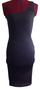 bebe Bodycon Fitted One Shoulder Dress