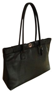 Mary Kay Tote in Black