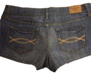 Abercrombie & Fitch Mini/Short Shorts Light Blue