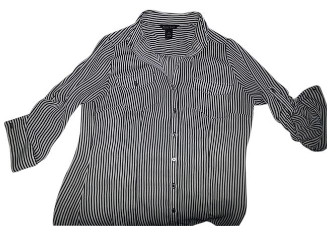 White House | Black Market Top black/white stripe