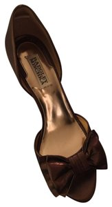 Badgley Mischka Bronze Pumps