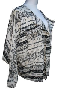 Lumiere Tribal Polyester Top Black Cream