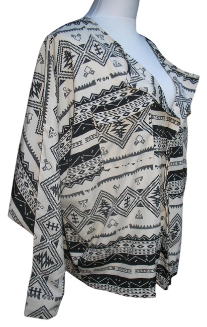 Lumiere Tribal Polyester Machine Washable Top Black Cream